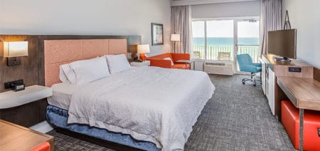 Hampton Inn Pensacola Beach Hotel Rooms | King Beachfront with Sofa Bed Featured Image